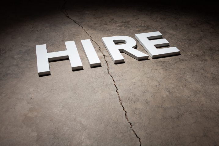 Should You Hire an Employee or an Independent Contractor?